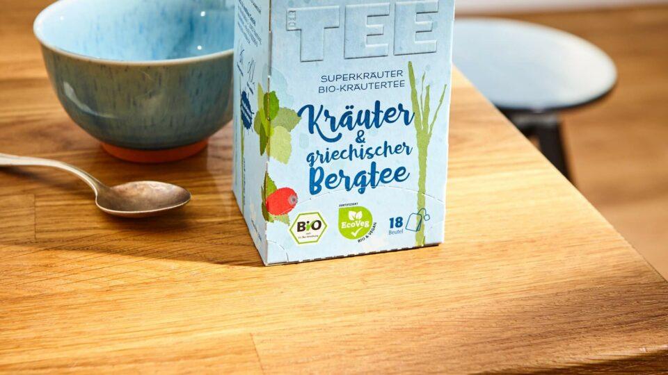 Kräuter&griechischer Bergtee Malve Teepackung auf Tisch